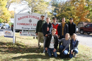 BCC Board Member John Haines-Eitzen with German exchange students and their American hosts enjoying the Apple Fest